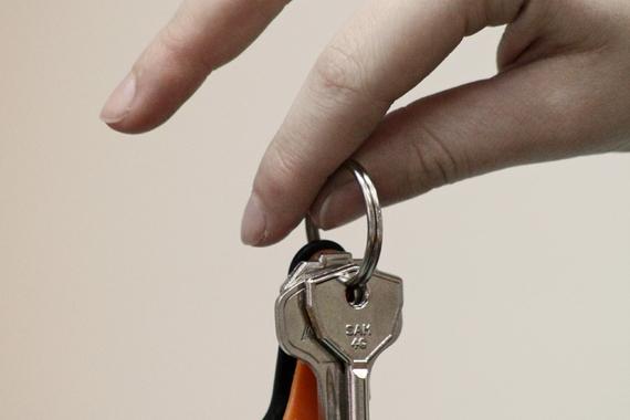 Ключи в руке