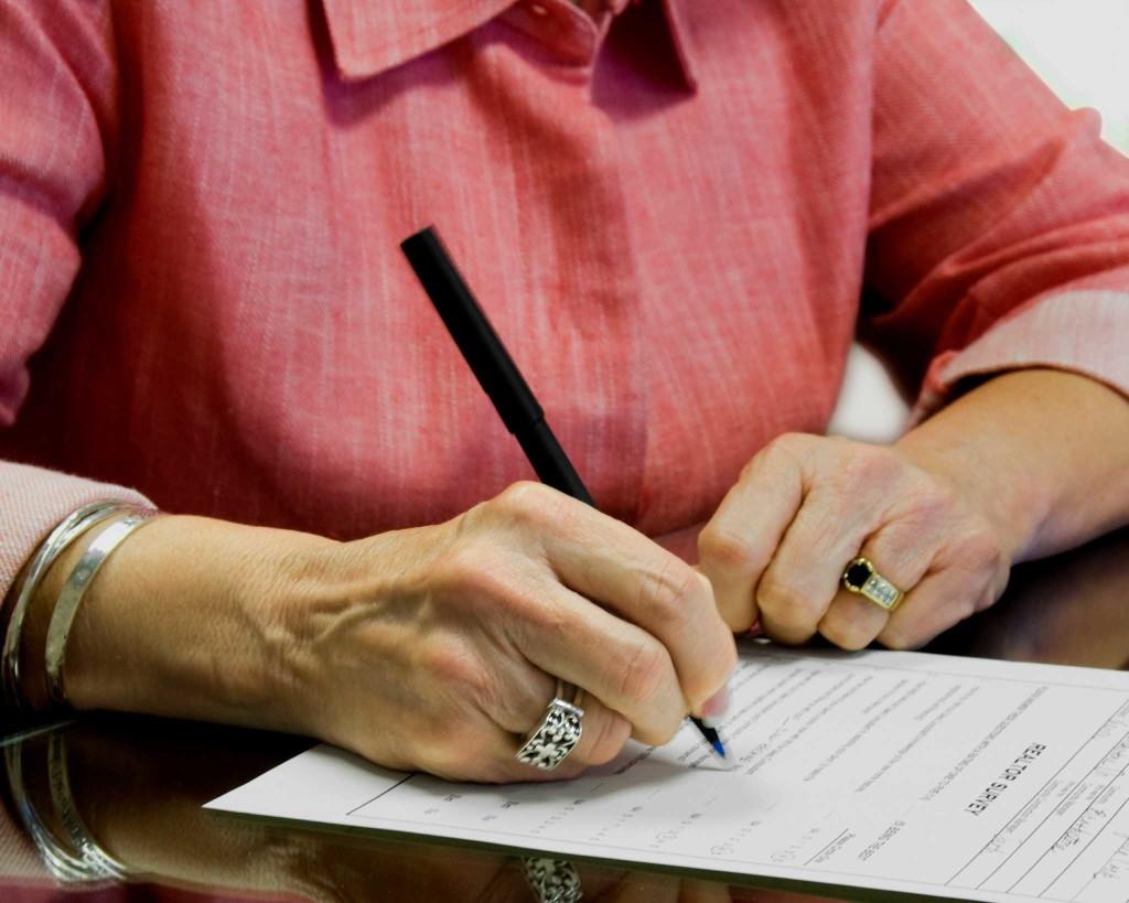 Договор дарения на квартиру между близкими родственниками