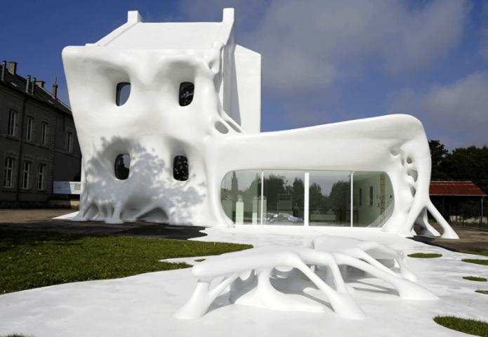 Дом-призрак во Франции