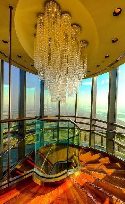 Башня Бурдж-Халифа внутри
