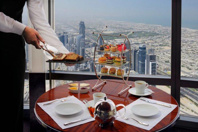 Ресторан в башне Бурдж-Халифа