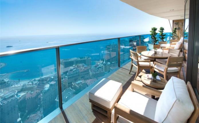 Вид на море из самой дорогой квартиры мира