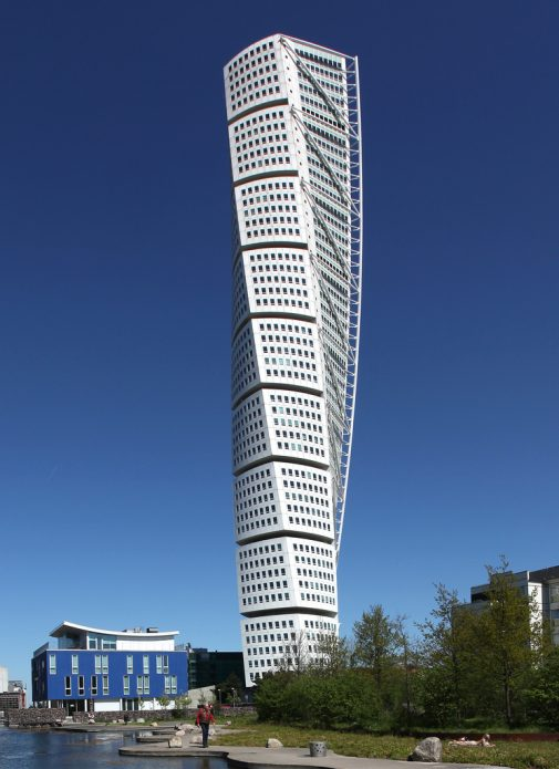 Витой небоскрёб в Швеции