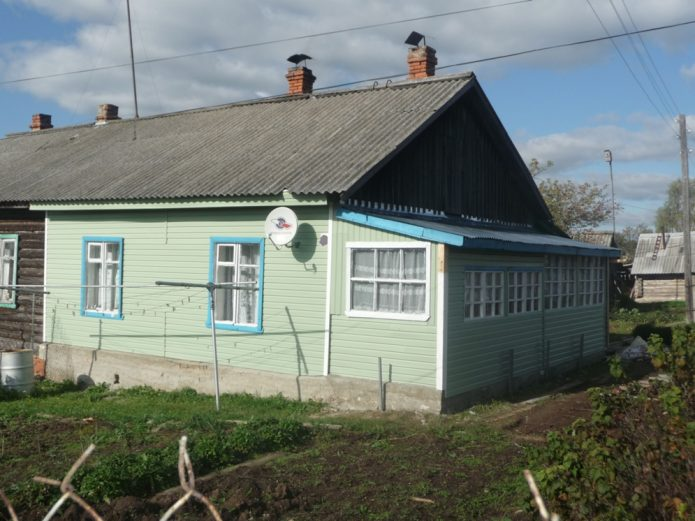 Домик для лопат на Рублёвке