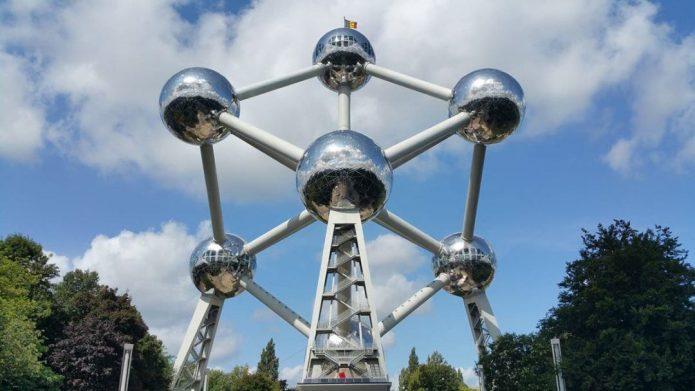Необычное здание в Брюсселе
