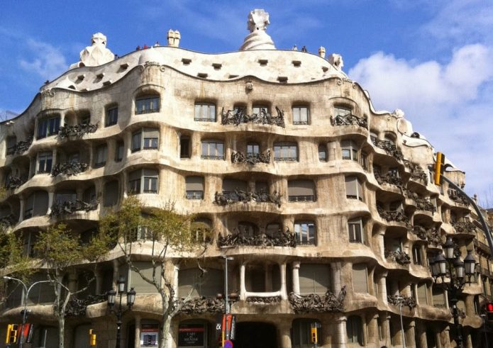 Архитектурный шедевр Гауди