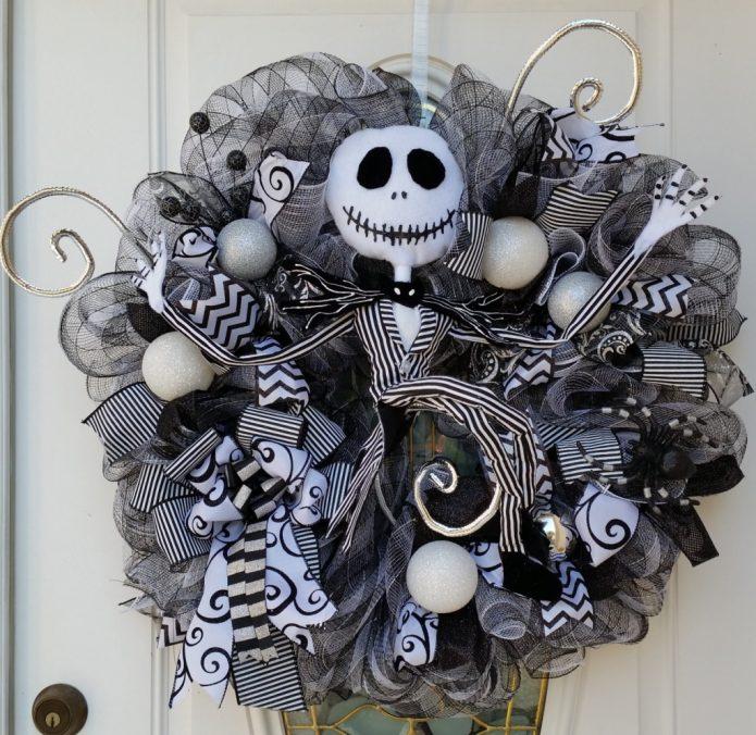 Оригинальный венок к Хэллоуину своими руками