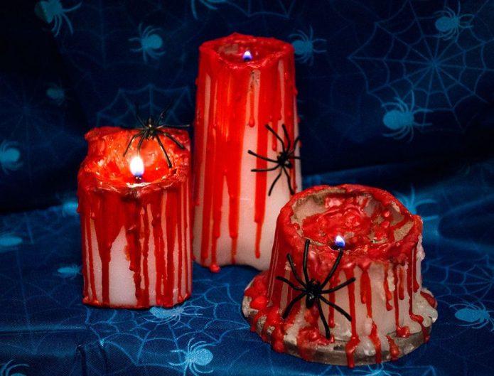 Кровавые свечи на Хэллоуин