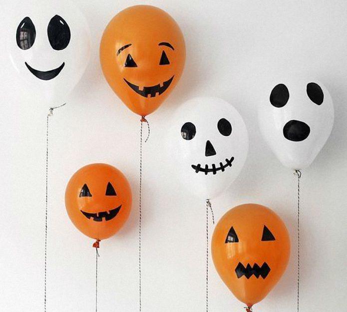Декор из воздушных шариков на Хэллоуин