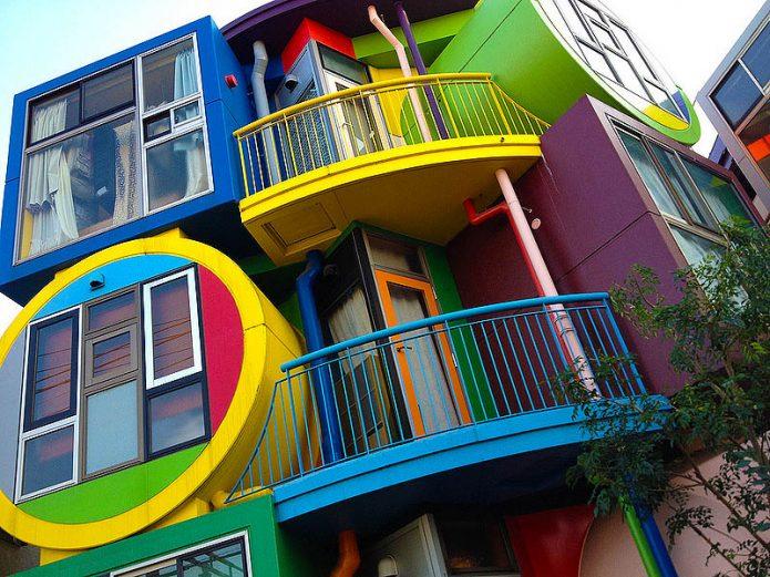 Сказочный жилой комплекс Reversible-Destiny Lofts
