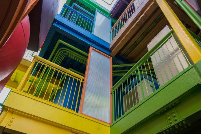 Необычный жилой комплекс Reversible-Destiny Lofts