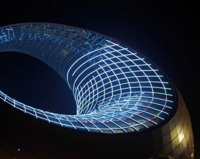 Уникальное архитекутрное сооружение в форме чайника