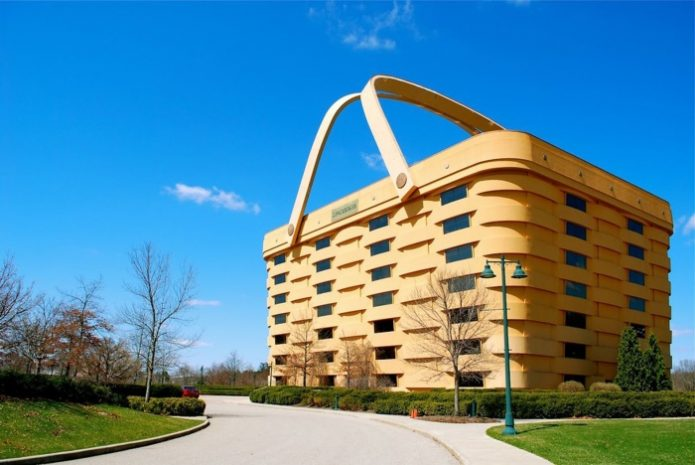 Здание в форме корзины в Огайо