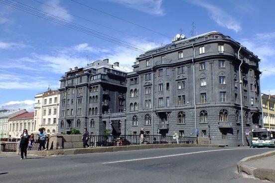 Дом, в котором живёт Сергей Шнуров