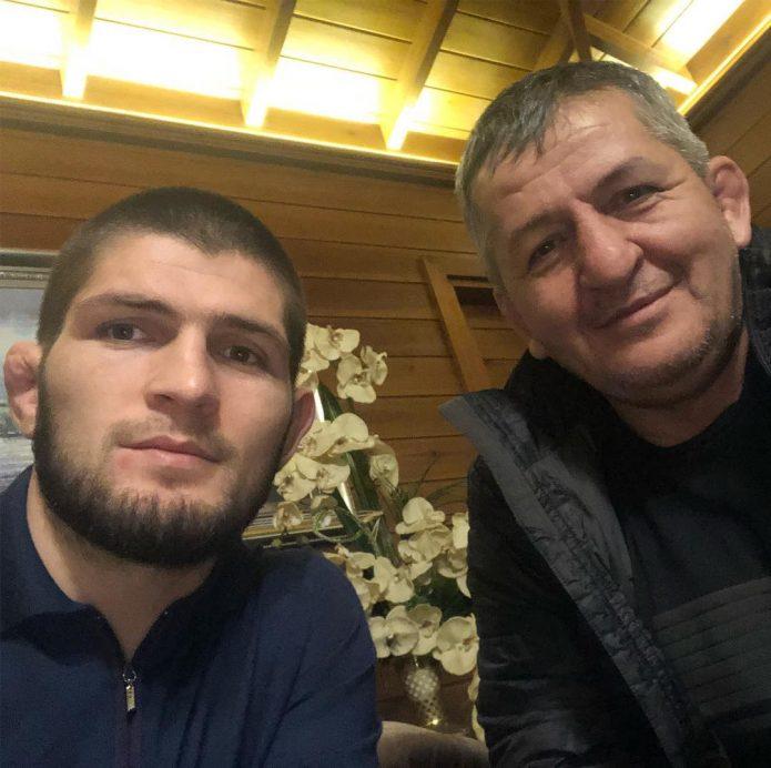 Хабиб Нурмагомедов дома
