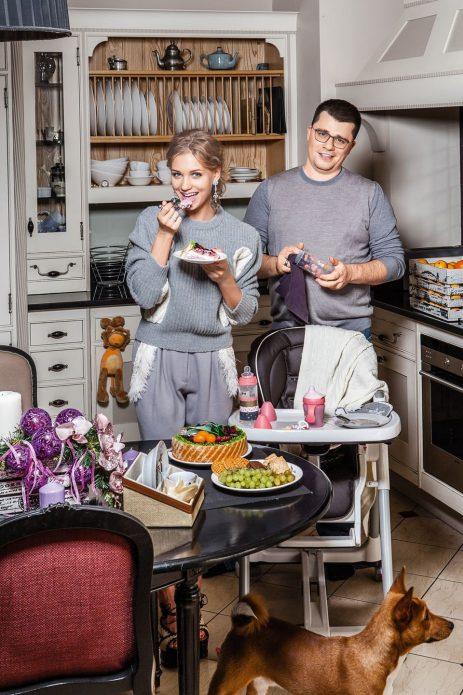 Кристина Асмус и Гарик Харламов на кухне