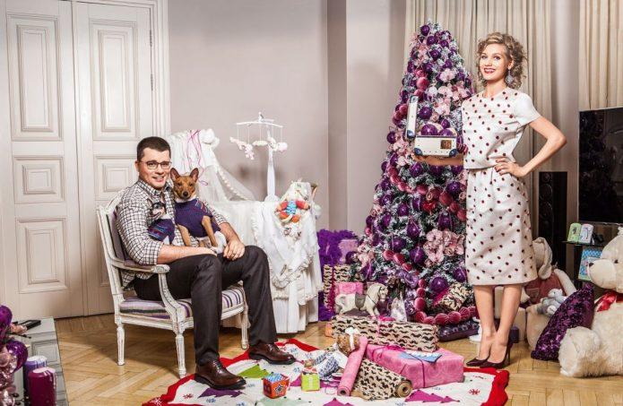 Гарик Харламов и Кристина Асмус в гостинной