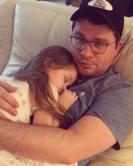 Харламов с дочкой