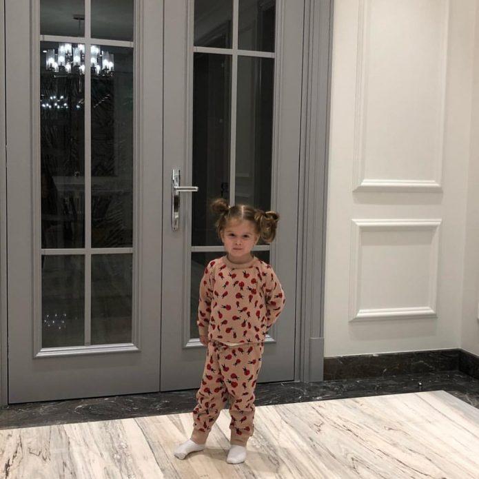 Дочка Ксении Бородиной в новом доме