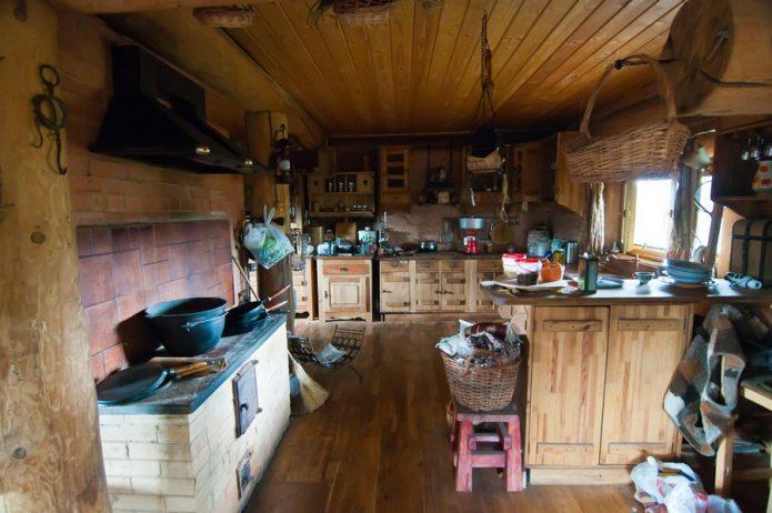 Кухня в доме Германа Стерлигова