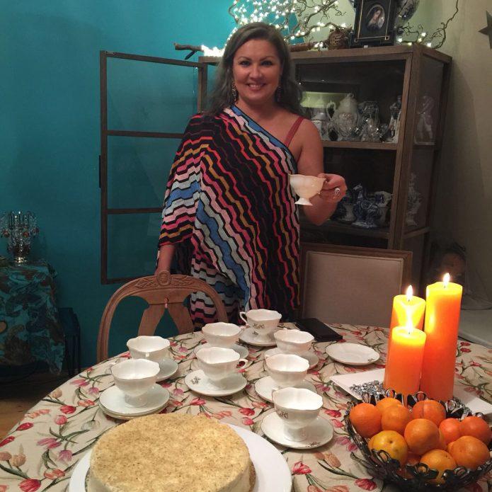 Анна Нетребко ждёт гостей