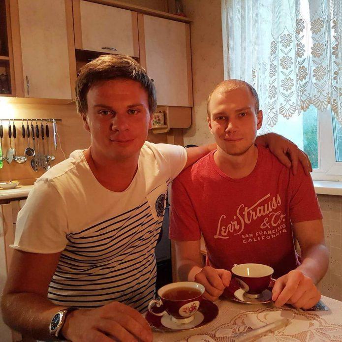 Где живет Дмитрий Комаров