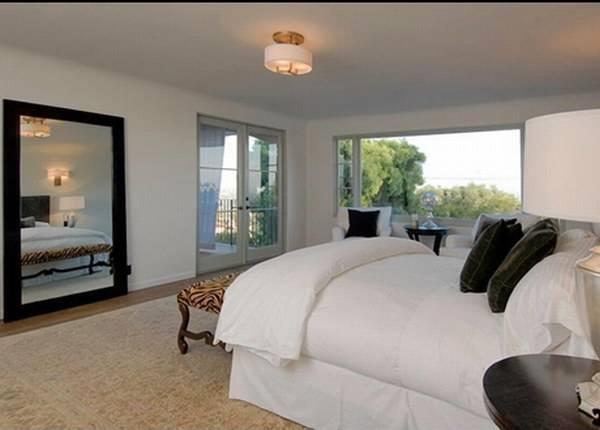 Одна из спален дома Меган Фокс