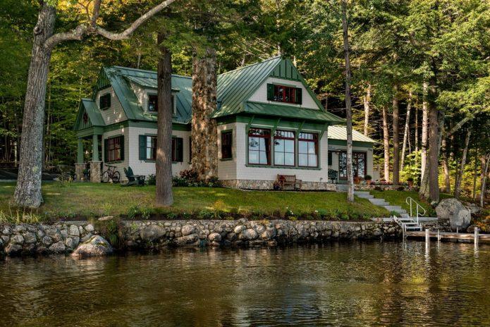 Шикарный дом на берегу